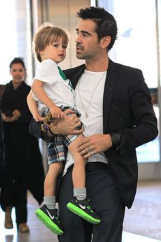 Colin Farrell Discusses Differences Between Acting for Stage & Film: Photo Colin Farrell reunites with Alicja Bachleda and their son Henry at the Toronto Pearson Airport on Tuesday (September in Canada. The actor checked… Colin Farrell, Celebrity Babies, Celebrity Gossip, Celebrity Photos, Hugh Jackman, Brad Pitt, Hot Dads, Fly Guy, Jonathan Rhys Meyers