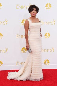 2014 Emmys Red Carpet - Celebrity Looks from the 2014 Emmys - Elle
