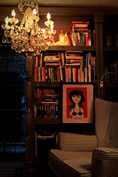 shelving - paint them same color as walls - Photography Graham Atkins Hughes Cozy Reading Corners, Reading Nook, Library Bookshelves, Bookcases, Living Room Decor, Living Spaces, Living Rooms, Diy Old Books, Gothic Mansion