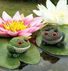 Little Frogs and Toads Crochet Amigurumi Pattern   FaveCrafts.com