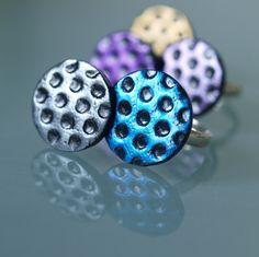 Puntíky modré Fimo korálek o pr.2cm. Základ prstýnku je univerzální, lze zvětšit či zmenšit. Sada s náušnicemi a náhrdelníkem. - polymer by teruberu