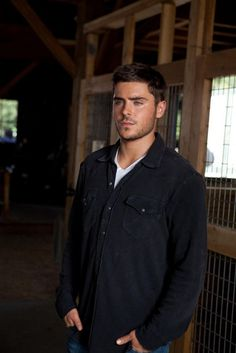 Zac Efron (the lucky one) Nicholas Sparks Movies, The Lucky One, The Greatest Showman, Hot Actors, Chris Pine, Hollywood, Dream Guy, Ewan Mcgregor, Good Looking Men