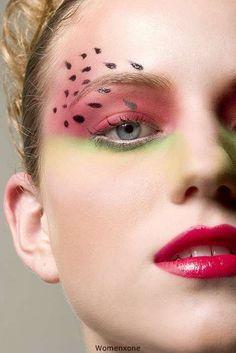 eye shadow // red green // art fruit
