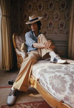 English singer Mick Jagger of the Rolling Stones in a panama hat, October 1973 by Anwar Hussain Josh Sims, Fashion Bible, Saddle Shoes, Signature Look, Mick Jagger, Out Of Style, Mens Clothing Styles, Fashion History, Rolling Stones