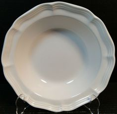 "Mikasa French Countryside Vegetable Serving Bowl 9 3/4"" F9000 White Excellent"