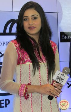Ridhima and Gaurav Inaugurate Shoppers Stop Sananda Pujor Bazar Festival : http://fashion.sholoanabangaliana.in/ridhima-and-gaurav-inaugurate-shoppers-stop-sananda-pujor-bazar-festival/