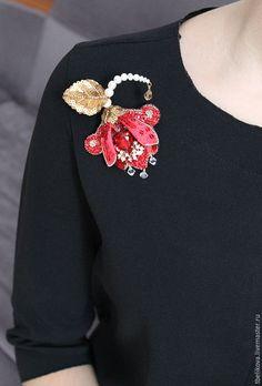 """Купить Брошь B2016-7 """"Аленький цветочек"""" - ярко-красный, золотой, брошь, брошь с жемчугом"""