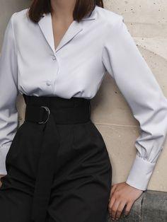 Suit Fashion, Look Fashion, Korean Fashion, Fashion Dresses, Fashion Design, Workwear Fashion, Fashion Blogs, Ulzzang Fashion, Lolita Fashion