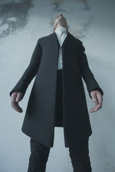 Visions of the Future: OBSCUR AUTUMN/WINTER 2012/ HV12-19 / 48% WOOL 38% 12% LINEN 1%COTTON  100% POLYESTER/ STRUCTURED CLASSIC COAT WITH SHOULDER PADS / FRONT PO...
