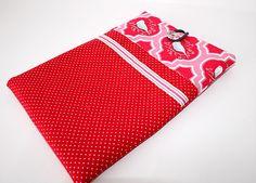 Eine schöne Hülle für einen eReader für Sie oder als Geschenk für einen liebe Menschen.     Baumwollstoff rot mit weißen Punkten, Tildastoff rot/ro...