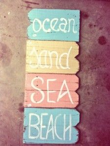 The Best Wooden Beach Signs You Can Buy at Beachfront Decor! Beach wooden signs are perfect for wall decor in a coastal home. Beachy Signs, Beach Signs Wooden, Wood Signs, Pallet Signs, Beach House Signs, Beach House Decor, Seaside Decor, Coastal Decor, Beach Bathrooms