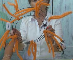 Witch Wreath Kit Tutorial  http://www.trendytree.com/blog/witch-wreath-kit-tutorial/