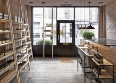 Aesop Marylebone shop interior by Studio KO - Home Decoras Bar Interior, Retail Interior, Interior Design, Interior Ideas, Cafe Design, Store Design, Aesop Store, Retro, Provence