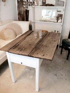 Sødt råt bord. Fransk landstil og vintage. Hvidt & Slidt, Studiestræde 3, 4300 Holbæk