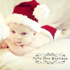 Santa Hat :: Free Holiday #Crochet Patterns for Babies!