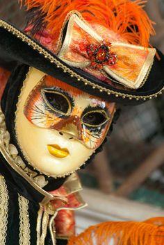 Feline mask (IMG_3624)   Flickr - Photo Sharing! Venetian Carnival Masks, Carnival Of Venice, Venetian Masquerade, Masquerade Masks, Costume Venitien, Venice Mask, Creative Costumes, Beautiful Mask, First Nations