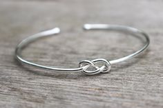 Sterling+Silver+Bracelet+Infinity+Bracelet++by+MountainMetalcraft,+$28.00