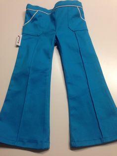 Jacob broek voor Maud. Mijn eerste broek aller tijden met meteen ook het eerste labeltje van K! design eraan vast :-)