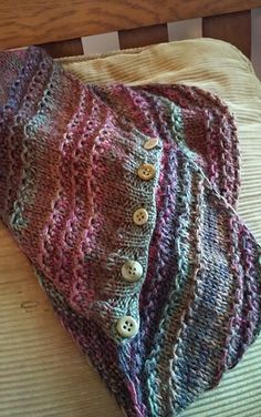 "When my Mum was visiting I kept asking what I could knit her and every time she replied: a cowl made with Malabrigo sock yarn and ""that nice stitch"" - the one I used for g'day boomerang."