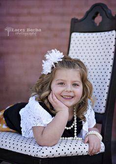 creative natural posing 4 year old girl portraits