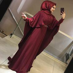 Image may contain: 1 person Hijab Style Dress, Hijab Wedding Dresses, Casual Hijab Outfit, Hijab Chic, Abaya Fashion, Fashion Wear, Fashion Dresses, Islamic Fashion, Muslim Fashion