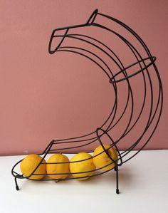 tummanvihreä hedelmäteline . korkeus 40cm