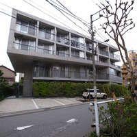 Apartment in Katsushika on Architizer