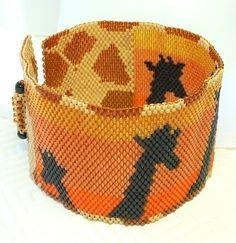 Giraffes at Sunset beaded bracelet pattern por daxbeadartpatterns