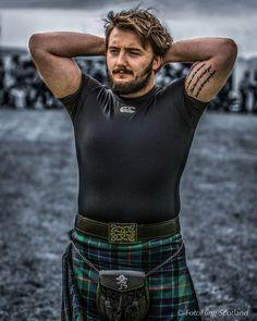 https://flic.kr/p/AC9voV | Matthew Southwell - Scottish Backhold Wrestler | Aberfeldy Highland Games 2015