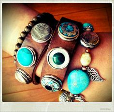 I'm addicted to Noosa Leather Cuffs, Leather Jewelry, Wrap Bracelets, Jewelry Bracelets, Button Jewellery, Ginger Snaps Jewelry, Style Ideas, Beautiful Things, Turquoise Bracelet