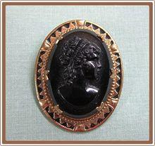 Cameo Black Glass in Edwardian Frame