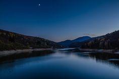Lago di Osiglia - Half moon rising (Osiglia, Italy)