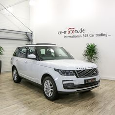 My2018 Brandnew Suv Land Rover Range Rover 3.0 Tdv6 Hse Diesel Fuji White Jb887 - Buy Tdv6 Diesel Hse Fuji White Product on Alibaba.com Used Luxury Cars, Luxury Cars For Sale, Range Rover White, 40ft Container, Range Rover Supercharged, Car In The World, Rear Seat, Car Ins, Fuji
