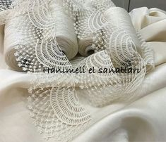 "diy_crafts- Dantel Modelleri kenar dantel örnekleri ""This post was discovered by Servet Kerem. Discover (and save!) your own Posts on Unirazi. Crochet Lace Edging, Crochet Motifs, Crochet Borders, Filet Crochet, Crochet Doilies, Diy Crafts Crochet, Crochet Projects, Needle Tatting Patterns, Cleaning Tips"