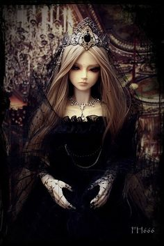 Adult Dolls on Pinterest | Ball Jointed Dolls, Gothic Dolls and ...