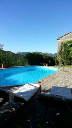 BEAUTIFUL HOUSE WITH POOL. All l 'apartment is characterized by sometimes stone. L 'entrance is independent. All the comforts for a holiday at 'sign of peace. Double Bedroom, Pool Houses, Sofa Bed, Beautiful Homes, Swimming Pools, Entrance, To Go, Peace, Sign