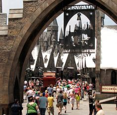 The Harry Potter-themed Three Broomsticks is one of the best casual restaurants at Universal Orlando.
