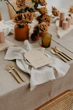 Earthy Neutral Wedding Centerpieces to Catch Your Eyes Boho Wedding, Wedding Reception, Wedding Ideas, Marquee Wedding, Autumn Wedding, Tuscan Wedding, Wedding Tables, Wedding Trends, Wedding Details