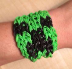 Rainbow Loom   Minecraft CREEPER Bracelet  by KnittyGrittyMarket