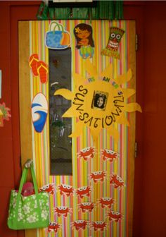 27 Ideas summer door decorations for school fun for 2019 Summer Door Decorations, Teacher Door Decorations, Infant Classroom, Classroom Fun, School Themes, School Fun, Teacher Appreciation Week, Teacher Gifts, Monsieur Madame