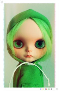 Another favorite customizer, Tiina. Inspiration for my next Blythe, who is getting customized by Tiina!