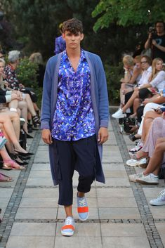 Male Fashion Trends: Marcel Ostertag Spring-Summer 2019 - Berlin Fashion Week Marcel, Male Fashion, Fashion Trends, Berlin Fashion, Spring Summer, Style, Moda Masculina, Swag, Man Fashion