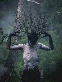 Photography inspiration surrealism illusions 38 Ideas for 2019 Arte Horror, Horror Art, Fantasy Kunst, Fantasy Art, Elves Fantasy, Foto Portrait, Look Dark, Arte Obscura, Witch Aesthetic