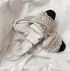 Boots Fall Fashion Christmas Gifts 68 Ideas For 2019 - Sneakers, Shoes & Boots - Sock Shoes, Cute Shoes, Me Too Shoes, Shoe Boots, Shoes Heels, Feminine Mode, Paris Mode, Beautiful Shoes, Wedding Shoes