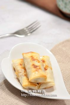 【Baked Spring Rolls with Pork and Shrimp】 by MaomaoMom Spring rolls are one of most well-known Chinese appetizers. The name is a literal translati