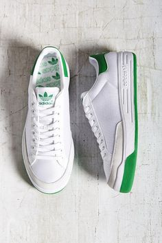 adidas Rod Laver Sneaker - Urban Outfitters