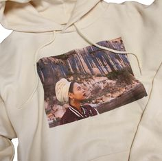 50% cotton/50% polyester Hoodie with a photo of Beyoncé on front and the names of singles on the back. Orders containing this product will ship the week of 12.4.2017.