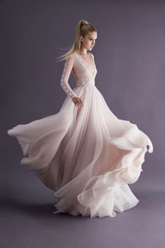 Paolo Sebastian Autumn Winter 2014 Collection. Movimiento vaporoso!