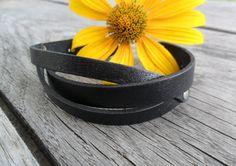 Twisted black leather bracelet Hand made bracelet от PechaLeather