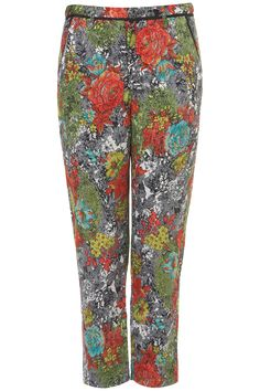 Shop for Rose Print Jacquard Cigarette Trousers by Topshop at ShopStyle. Red Trousers, Cigarette Trousers, Floral Print Pants, Printed Pants, Black Trim, Vintage Shirts, Fashion News, What To Wear, Topshop
